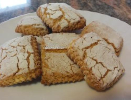 Biscotti crackle alle mandorle